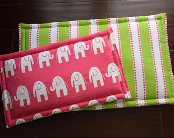 Pink Green Dog Training Mat || Large Stripes Dog Bed || Reversible Personalized Puppy Gift with Elephants
