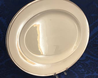 "WEDGWOOD Carlyn W4302 14"" Oval Serving Platter England Bone China White Platinum Vintage"