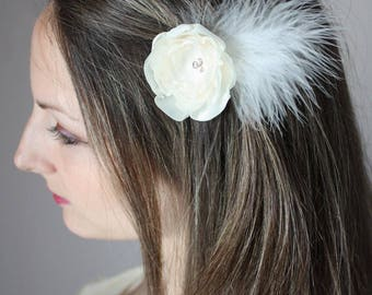 Ivory flower and white feather hair pin