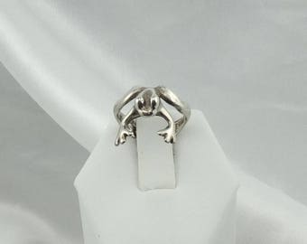 Kiss Me Darling! Sterling Silver Frog Ring Wraps Around Your Finger  #FRGPRNC-SR2