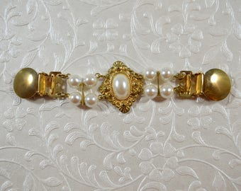 Vintage Cinch Clip Dress Clip Goldtone Sweater Clip Jacket 1980s Style Pearl Embellished