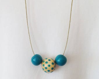 """""""Two-tone"""" Necklace blue and natural wood beads"""