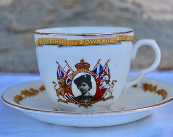Gorgeous Commemorative 'Coronation' fine bone china tea cup and saucer. 1953