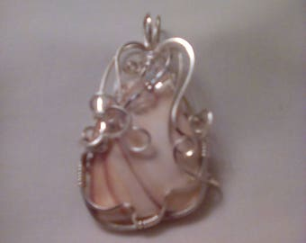 Wirewrapped Pendant with Swarovski Crystals