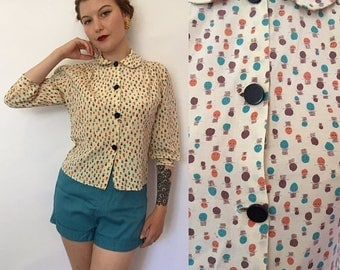 SALE Small/medium 1950s novelty print Peter Pan collar blouse