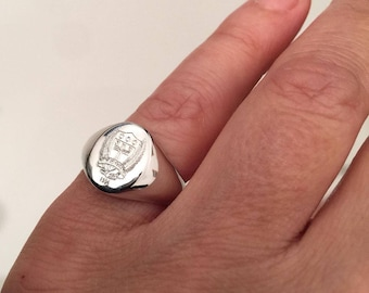 Coat of Arms Family Crest Ring, Crest engrave ring, Personalized Ring, Signet Ring, special Gift for women / men, Pinky ring, gold ring