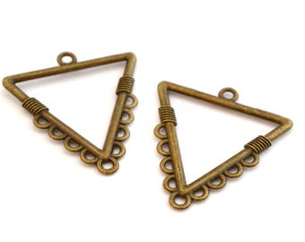 Set of 2 metal triangle pendant