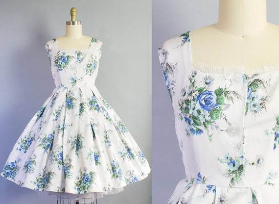 1950s Blue Rose Print Dress | Small Petite (36B/26W)