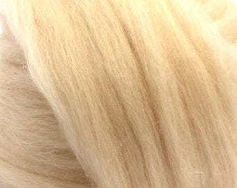 Merino Wool Combed Top/Roving by the Ounce or by the Pound - Flesh
