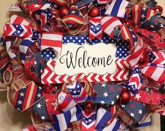 Welcome Patriotic Wreath, Americana Rustic Wreath, 4th Of July Deco Mesh Wreath, Primitive Patriotic Wreath, Welcome Red White Blue Wreath,