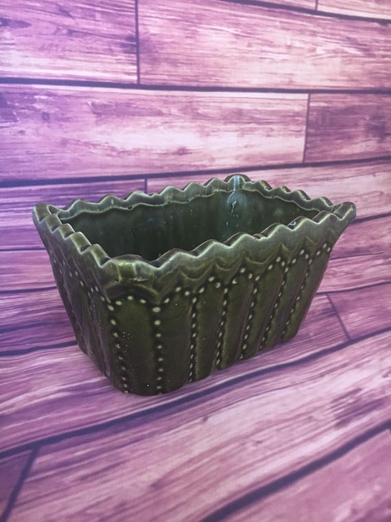 Cookson Pottery 746 Usa Planter In Dark Green With Dotted