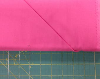 Solid pink fabric. Bubble Premium Colorworks quilters cotton quilting 9000 23 Northcott 3269