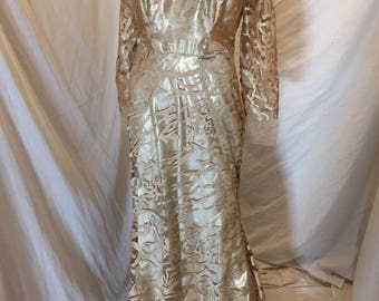 Vintage Glamorous Beige Champagne Embroidered Long Sleeve Evening Gown Dress Handmade
