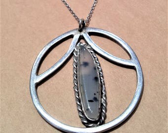 Sterling Silver Necklace and Agate Pendant