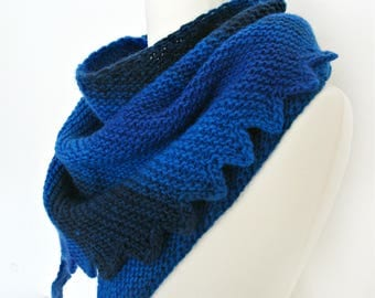Womens gift idea for women Gift wrap shawl Knit shawl wrap Blue shawl Knit wool wrap Knit shawl scarf Hand knit shawl for women blue wrap