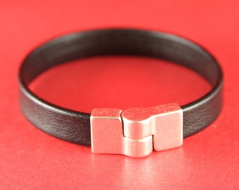 5B/3 MADE in EUROPE zamak magnetic clasp, 10mm flat cord magnetic clasp, silver bendable magnetic clasp (ng1134-027) Qty1