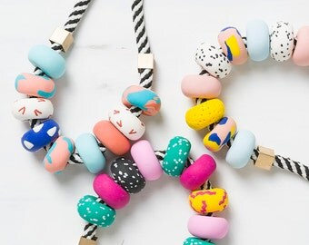 Modern Chunky necklace, Statement necklace, Pink Beaded necklace, Fashion jewelry, Geometric necklace Polymer Clay necklace Colorful jewelry