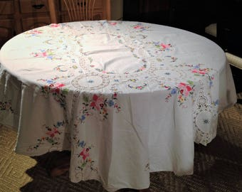 Vintage Oval Hand Appliqued And Cross Stitched Table Cloth, 80 X 62 Inch Table  Cloth