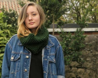 Oversized Chunky Green Scarf   Hand Knit Chunky Scarf   Winter Cowl   Oversized Cowl   Cosy Infinity Scarf   Hand Made Cowl   Gift For Her