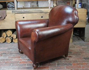 Antique Vintage Leather Club Chair
