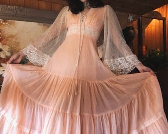 Gorgeous Vintage 70s Peach Maxi Prairie Dress with Lace Bell Sleeves Size Small