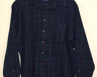 PENDLETON Vintage 100% Wool Loop Collar Board Shirt sz Med/Small VG+ cond Made in USA
