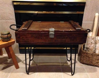 Vintage Ammo Crate Table, Canon Ammo Box, Rustic Side Table, Old Ammunition  Box