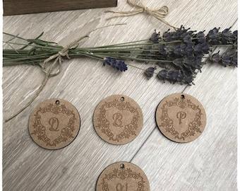 A pretty original label wooden raw wood 3mm thickness 4cm diameter