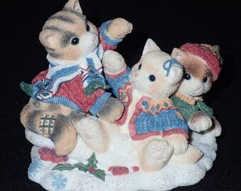 Enesco Calico Kittens 1998 Three Little Kittens Who Lost Their Mittens Figurine