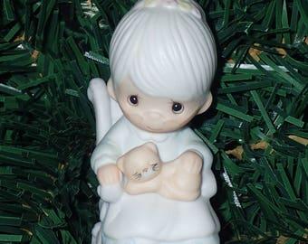 Precious Moments 1983 The Purr-Fect Grandma Christmas Ornament #E-0516