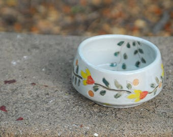 Floral themed ceramic bowl | handpainted bowl - serving bowl - summer themed bowl - center piece bowl - for your table - serveware