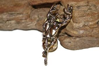 Deer Brooch, Deer Jewelry, Deer Pin, Stag Pin, Stag Brooch, Reindeer Brooch, Christmas Brooch, Animal Brooch, Animal Jewelry, Antique Bronze