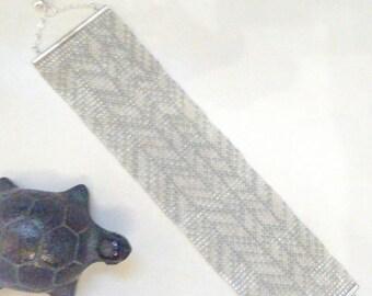 ANNA WINTER, grey, white and silver cuff