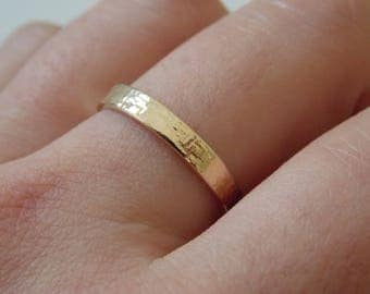Fine gold hammered ring