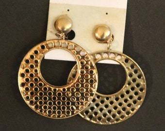 Vintage New Gold Tone Seventies Style Earrings
