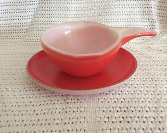 SALE Pyrex JAJ Weardale Coral Red with Gold Edge Saucer, Gravy or Custard Sauce Ladle and Saucer circa 1960