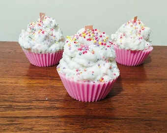 Handmade Soy Candle - Cupcake Delight