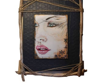 """Portrait femme rousse, Portrait peint sur bois, cadre en palettes et bois flotté, intitulé """"Tournée vers l'avenir"""""""