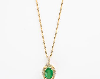 Necklace with pendant with diamonds & Emerald stone - 585 gold