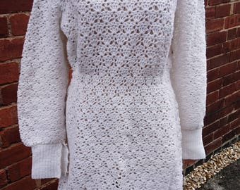 Beautiful vintage 50's hand crocheted dress, vintage white dress, 50's knitted dress, faux pearl and wool white crochet dress