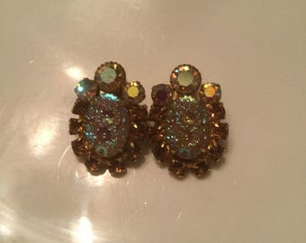 Gorgeous vintage stone clip earrings