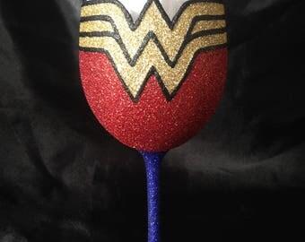 Wonder Woman glitter glass