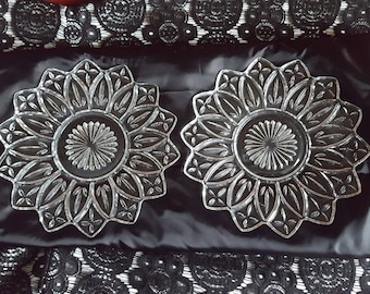 """Federal Glass Petal Pattern, Set of 2 Clear Dinner Plates, 9-3/8"""", Mid-Century Modern circa 1950s-1960s"""