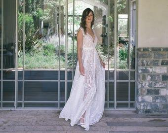 Bohemian wedding dress, Boho wedding dress,  Backless wedding dress, Front Slit wedding dress, Vintage Wedding Dress, Lace wedding dress