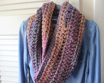Chunky Infinity Scarf in Carnivale