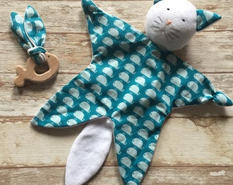 Birth set gift box Doudou comfort toy cat and organic teething ring for baby