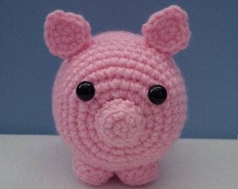 PDF PATTERN - Priscilla the Pig Crochet Pattern for Beginners | Beginner Crochet Pattern | Pig Crochet Pattern | Pink Pig Pattern
