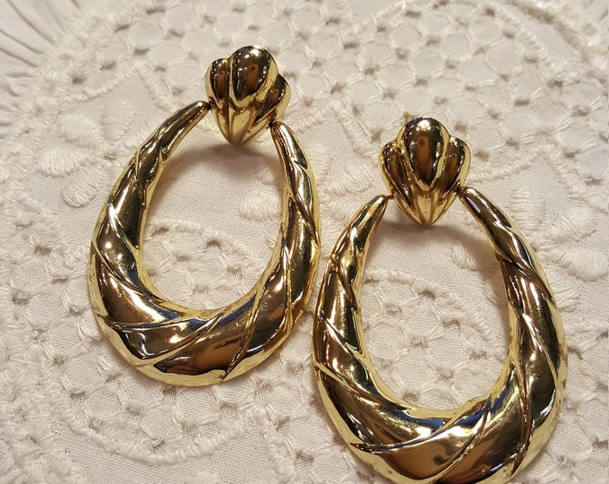14K Solid Yellow Gold Dangle Hoops Vintage Estate Pre-Owned 2.7 grams