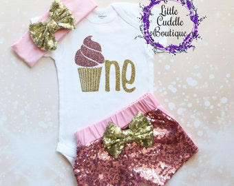 Cupcake First Birthday Outfit, Cupcake Birthday Outfit, Baby Girl Gift, Cupcake Birthday, Cupcake Shirt, First Birthday Bodysuit
