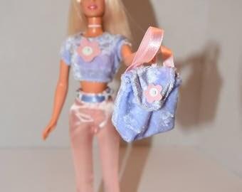 Barbie's Sister Teen Skipper School Outfit